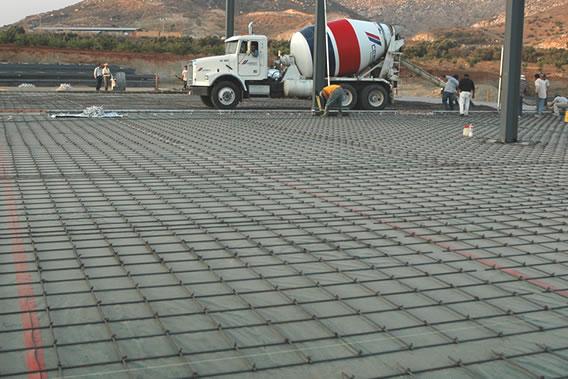 Como debemos construir los Firmes de concreto?